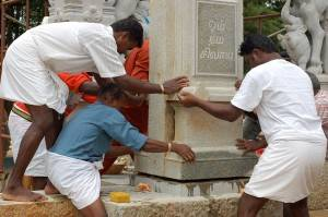 Religious Artisans working in Hawaii. Picture courtesy of the Himalayan Academy.